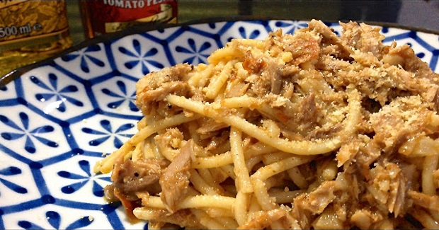 Filippo's Tuna-Garlic Pasta In Olive Oil Recipe