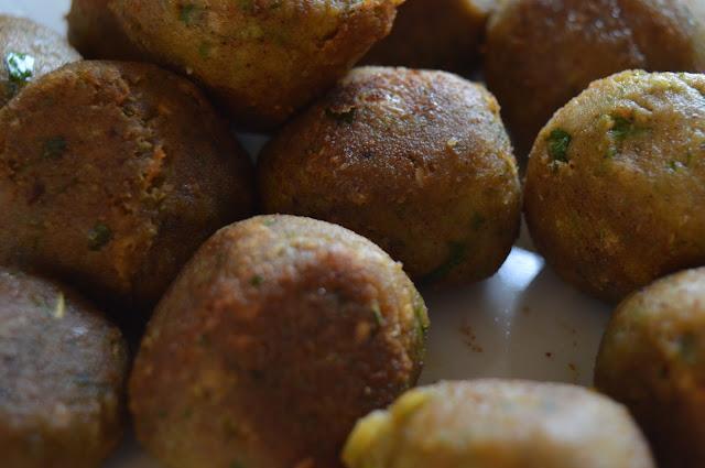 kasvisruoka, kikherne, falafel