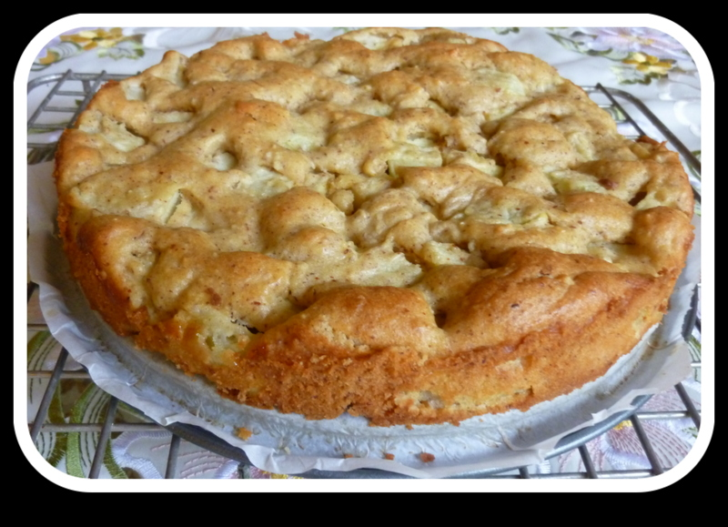 Delicious Low Sugar Cake Recipes: SPLENDID LOW-CARBING BY JENNIFER ELOFF: DELICIOUS APPLE CAKE