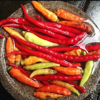 manfaat dan bahaya makan sambal sambalado