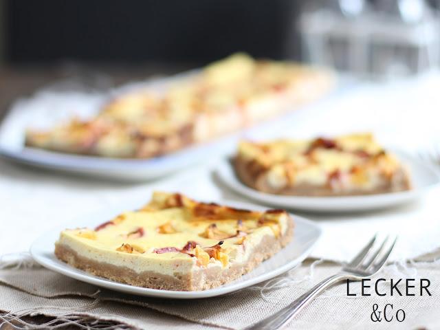 Foodblogger, lecker, Blog, Foodblog, Yummy, selbstgemacht, homemade, Blogger, Tina, leckerundco, Käsekuchen, Käse, Kuchen, Nektarinen, Cheesecake, Keksboden, Kuchen, Nachtisch, Sommerkuchen, Sonntagskuchen, Pfirsiche