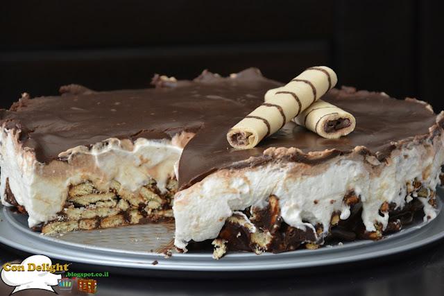 mousse cake with petit beuree עוגת מוס עם ביסקוויטים