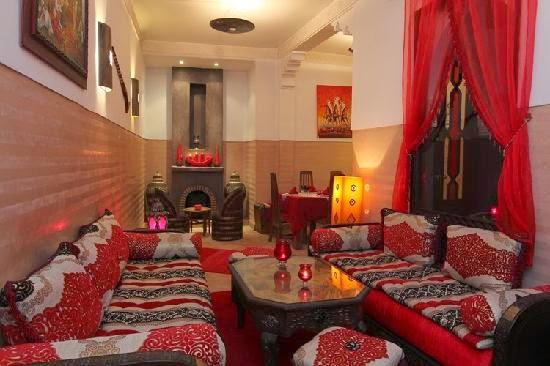 d coration salon marocain les nouveaux mod les de salon marocain. Black Bedroom Furniture Sets. Home Design Ideas