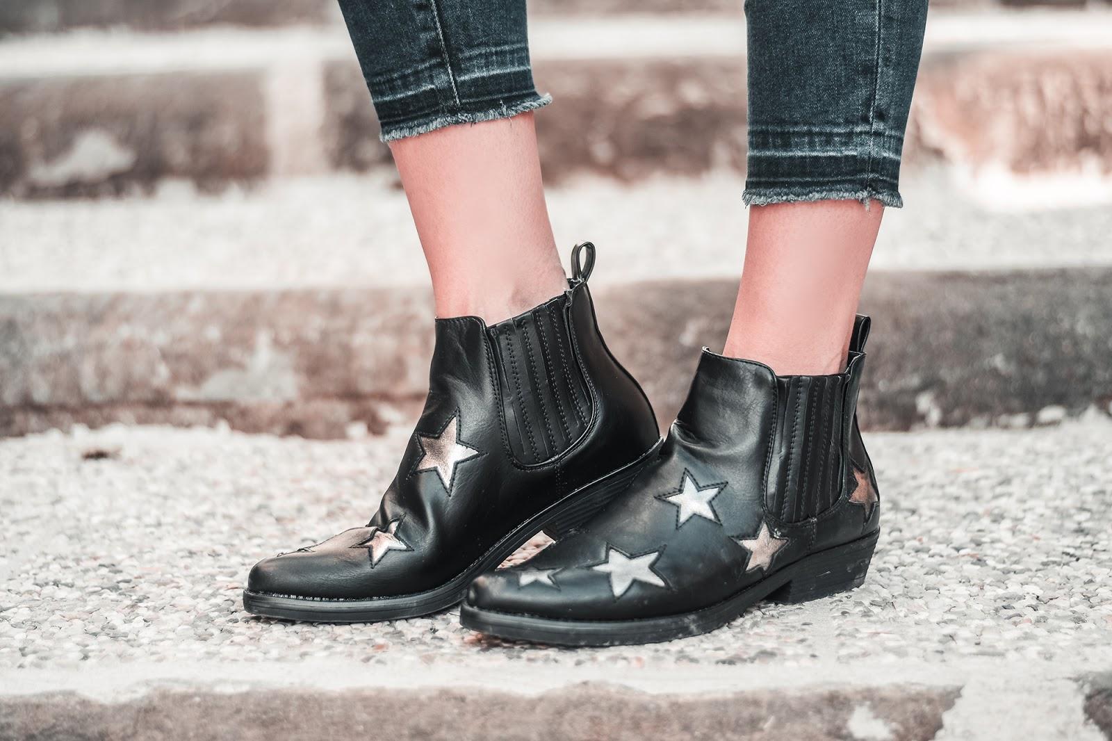 stivali da cowboy con stelle