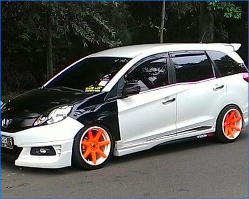 Foto mobil modifikasi mobilio terbaru rs prestige yang ...