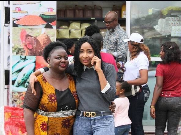 Nollywood-actress-Belinda-Effah-food-store