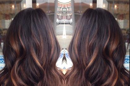 10 Gaya dan Warna Rambut Yang Akan Tren Di Tahun Ini
