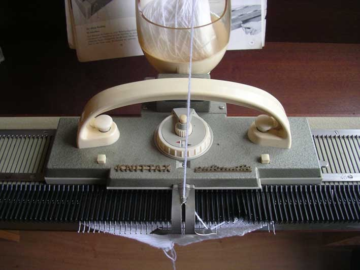 Knittax automatic