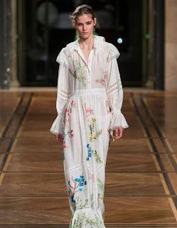 Paris Fashion Week: young girls in bloom from Paul & Joe