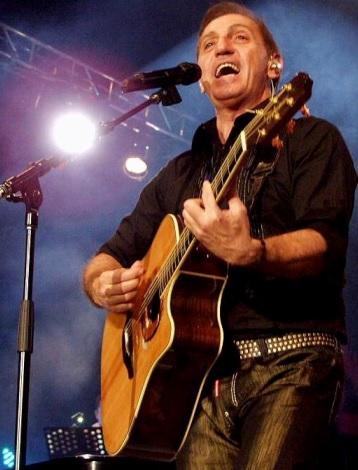 Foto de Franco de Vita en el escenario