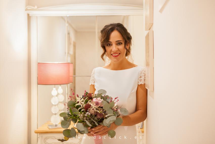 Laura - La novia