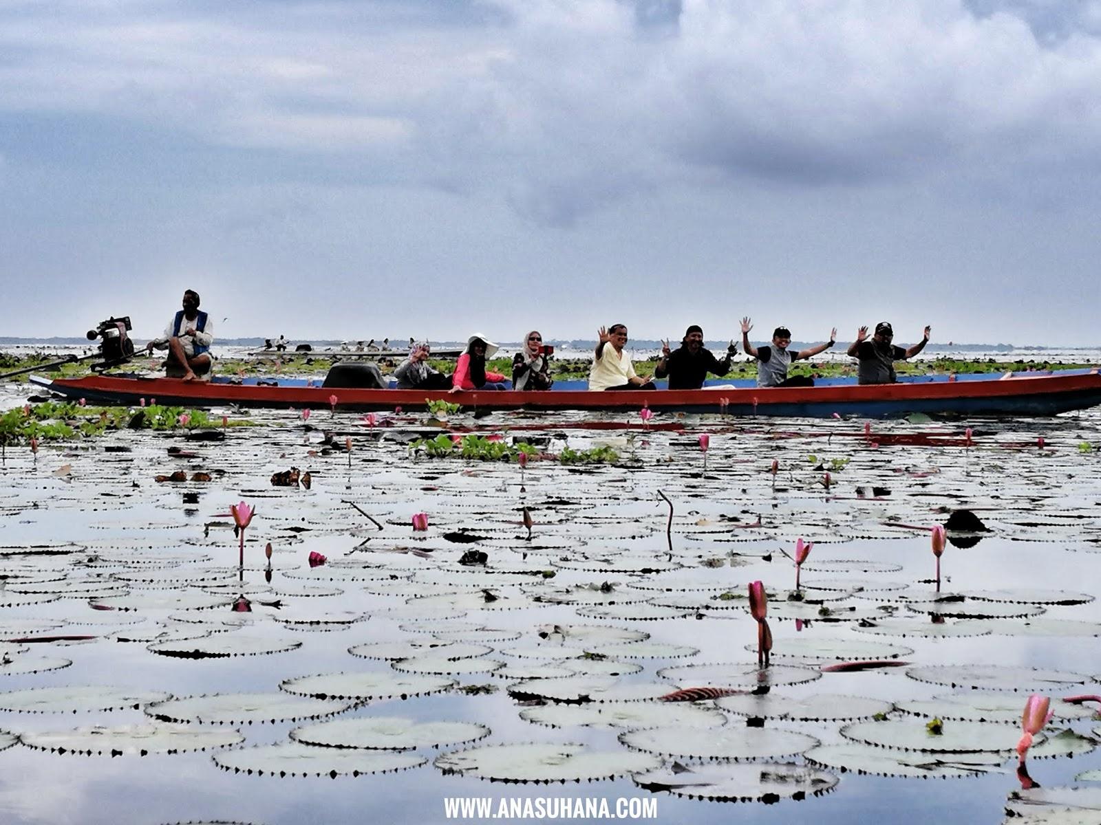 Kembara Thailand : Pengalaman Naik Bot di Thale Noi Phattalung