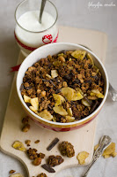 (Granola czekoladowo-bananowa