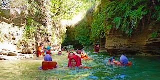 wisata river tubing green santirah