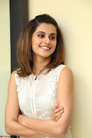 Taapsee Pannu in cream Sleeveless Kurti and Leggings at interview about Anando hma ~  Exclusive Celebrities Galleries 029.JPG