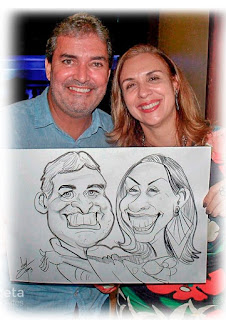 caricaturas de casal em evento