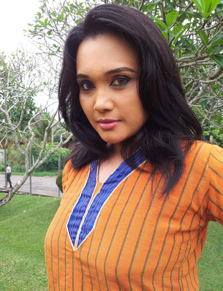 Gayathri Dias - Sri Lankan Actress And Models