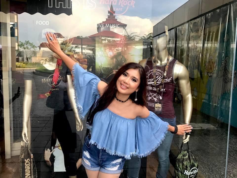 Khine Thin Kyi At Myanmar Plaza Shopping Mall