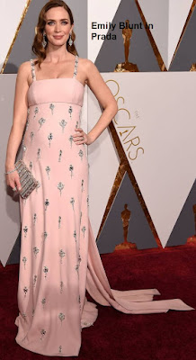 Emily%2BBlunt%2Bem%2Bmodelo%2BPrada - Look Óscares 2016