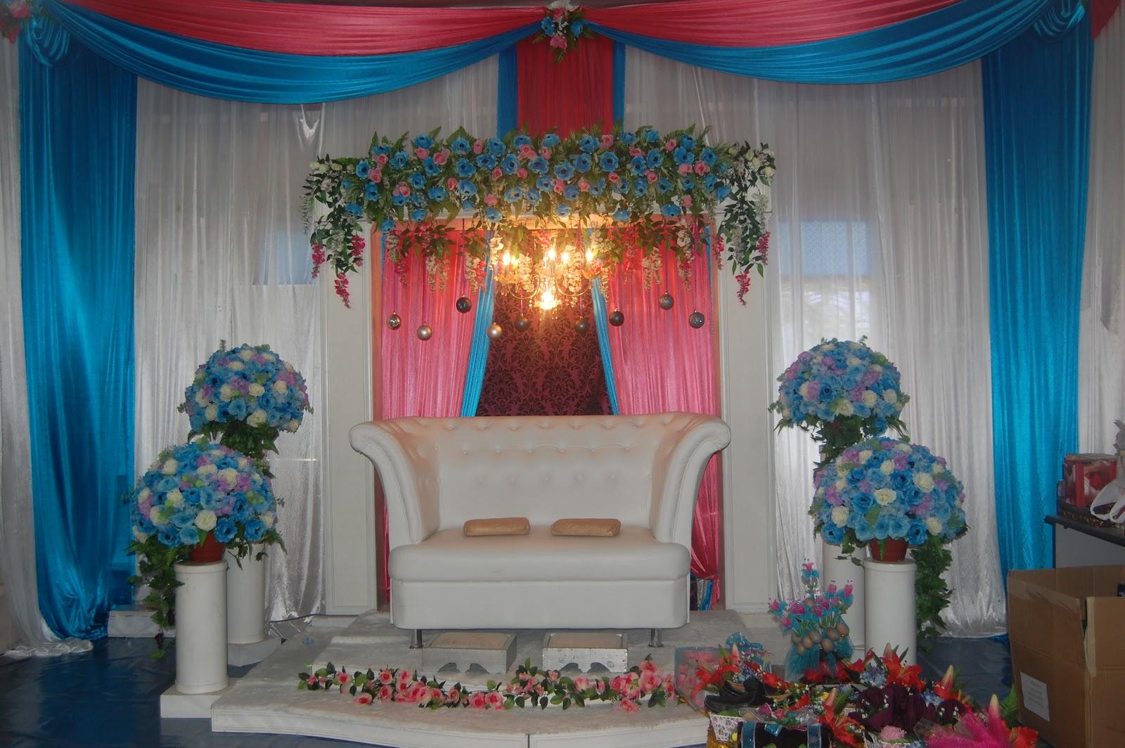 Ia Menyediakan Pelbagai Jenis Perkhidmatan Bagi Pakej Perkahwinan Seperti Hiasan Pelamin Bilik Pengantin Solekan Set Meja Beradab