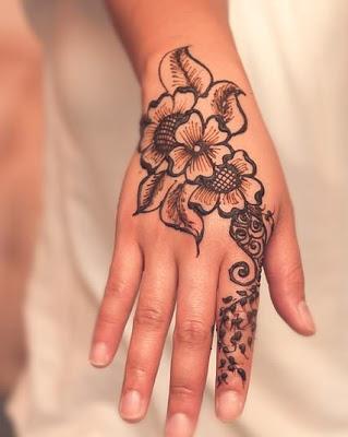 Desain Henna Yang Mudah Ditiru