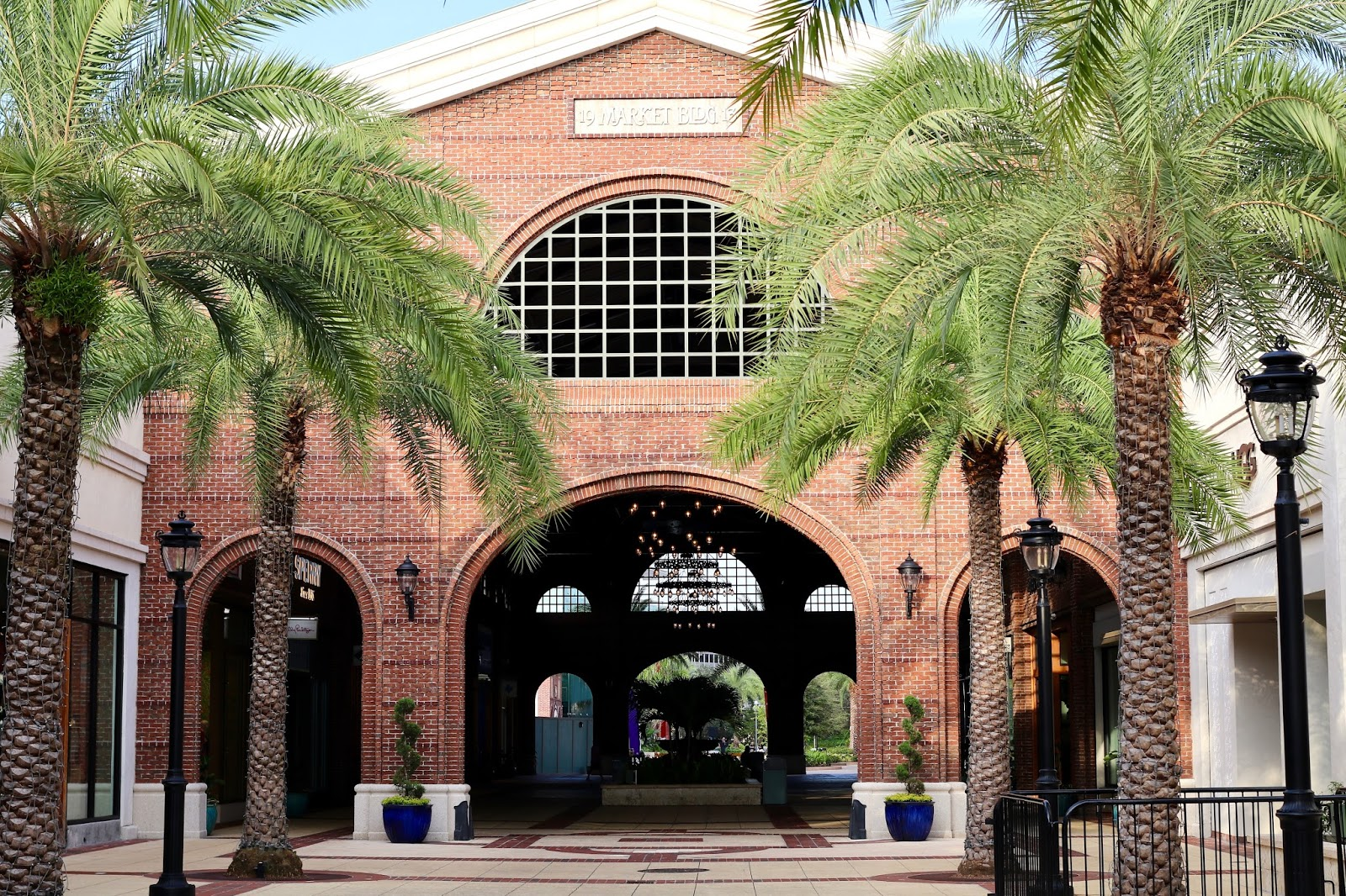 Disney-Springs-mall-Orlando-Florida.