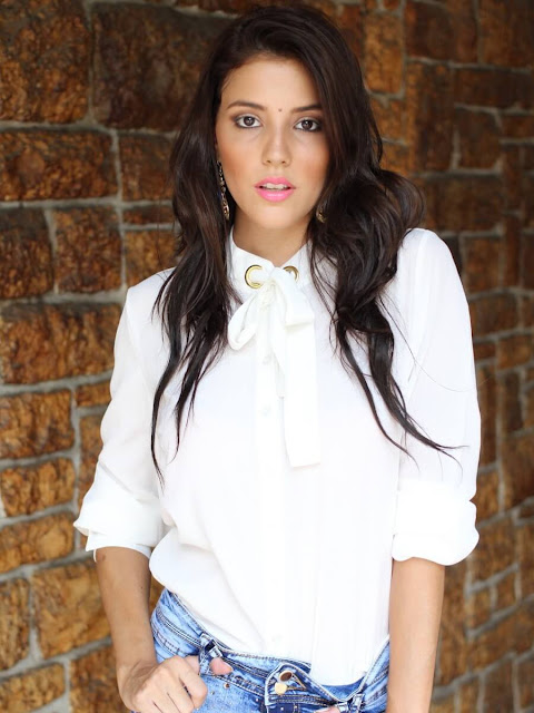 Plain Cotton Blouse Matching Hot Pants in White