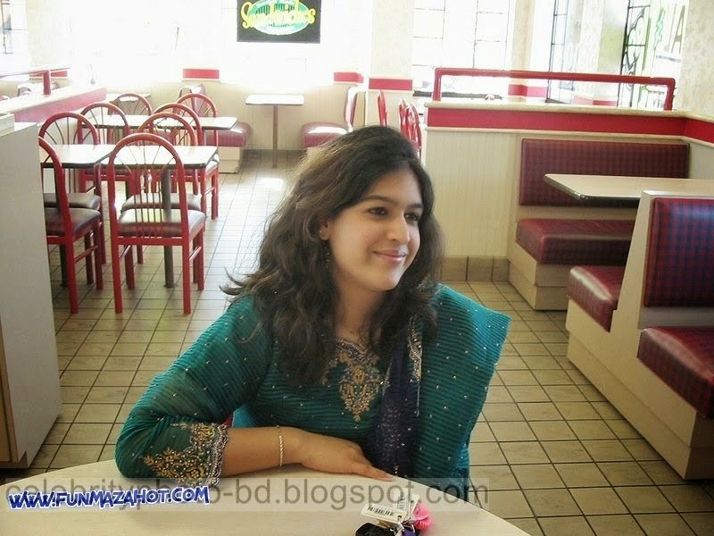 Beautiful Mixed Sexy Unseen Girls Latest Pictures Collection