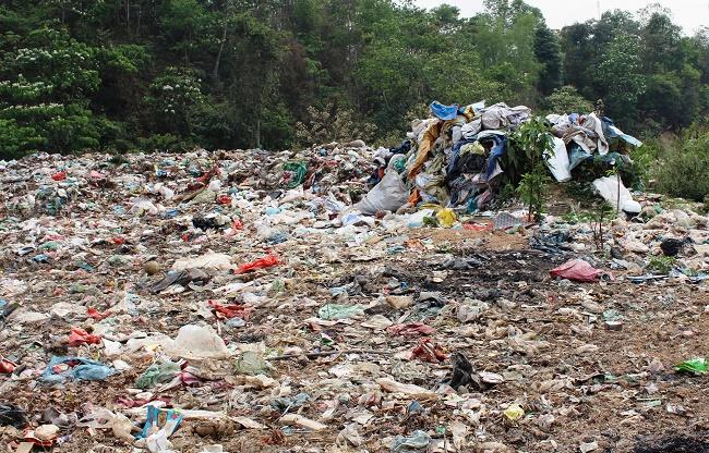 Nhà máy xử lý rác thải sinh hoạt và rác thải công nghiệp