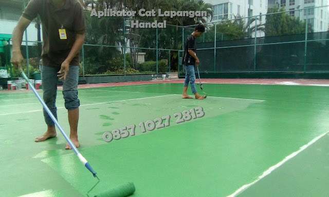 Cat Lapangan Anti Slip