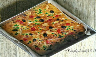 https://rahasia-dapurkita.blogspot.com/2017/10/resepe-membuat-english-fruit-cake.html