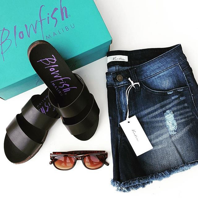 These were my Marshall's finds from this week - $45 for everything! // Blowfish Supa Sandals (I found them for only $20 at Marshall's) // Kancun Cut Off Shorts (similar - 63% off!) // Betsey Johnson Sunglasses (similar Betsey pair - 60% off!)