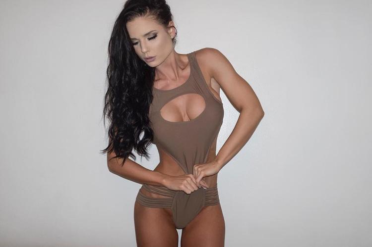 Taylor Anderson IFBB Bikini Pro