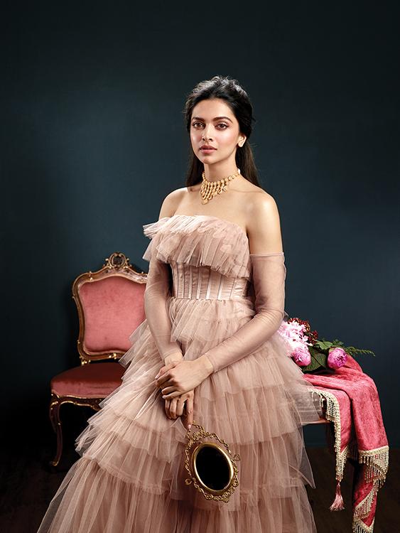 Deepika Padukone Royal Poise Photoshoot%2B%252810%2529