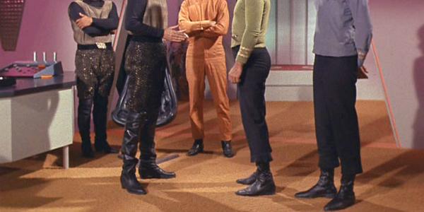 Le Cosplay Star Trek autrefois... - Page 2 Star-trek-original-series-boots