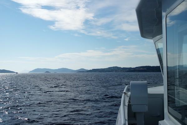 bateau mer inconnu