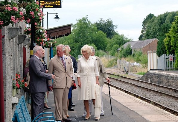 Prince Charles and Camilla, the Duchess of Cornwall visited Llandovery Railway Station to help celebrate the 150th anniversary. Fashions of Royals