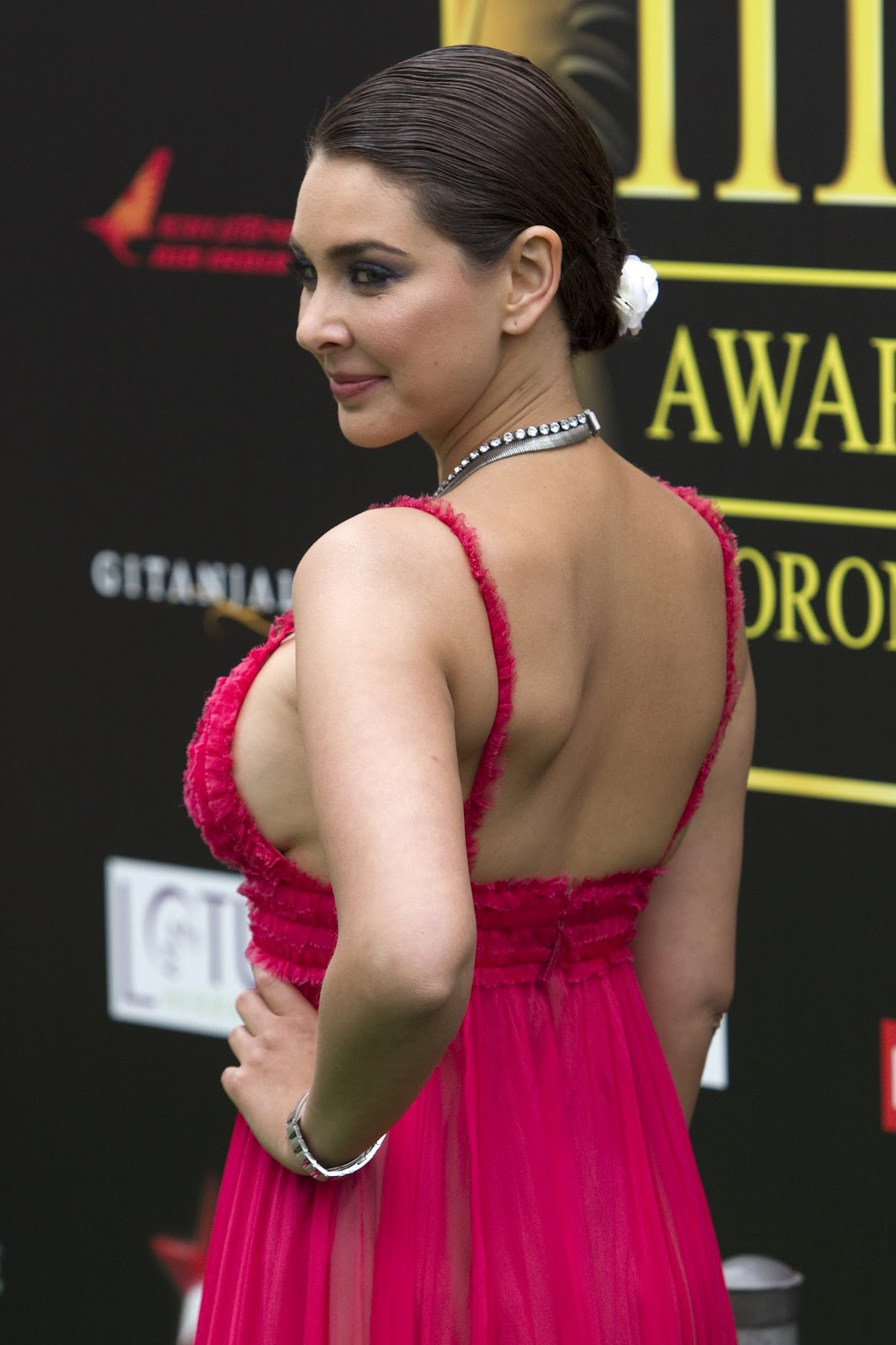 Bollywood sexiest navel and body show compilation - 1 3