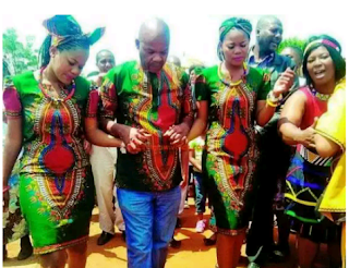Identical twins Aged 26, Tie The Knot With The Same Man | Odd news in Nigeria
