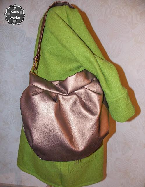 Meine Falten Hobo Bag mit der Ava