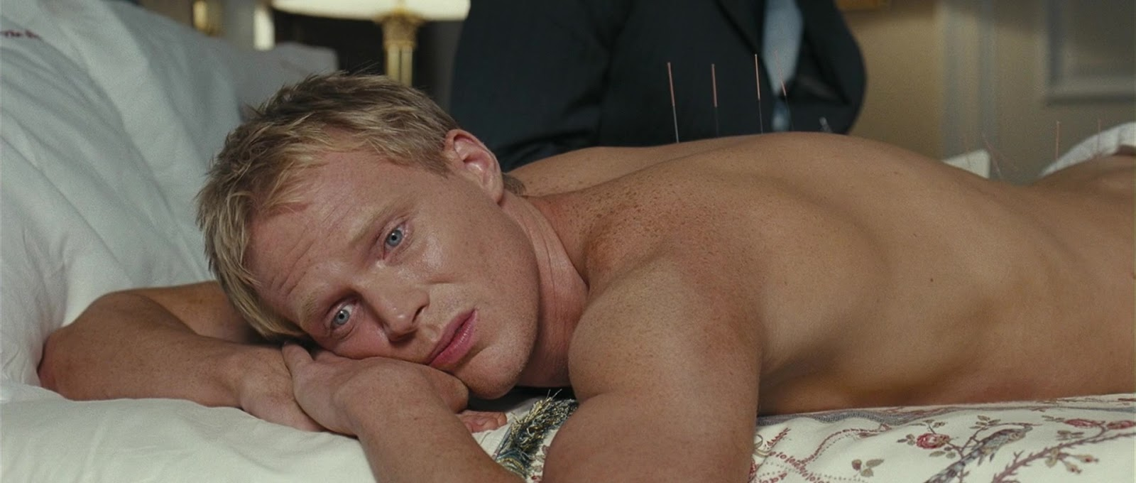 ausCAPS: Paul Bettany nude in Wimbledon