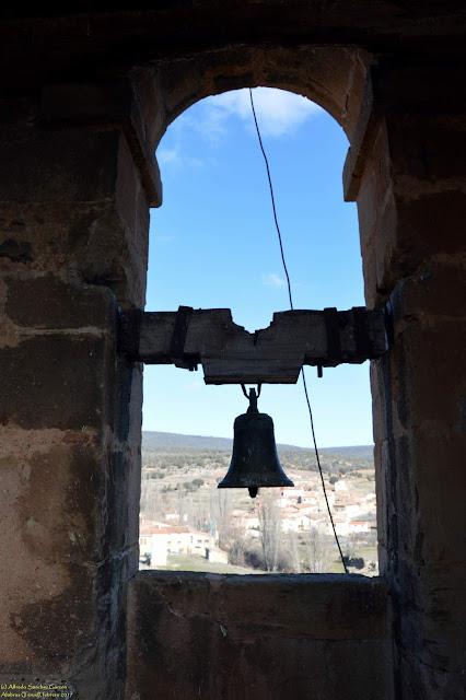 alobras-teruel-iglesia-parroquial-campanico
