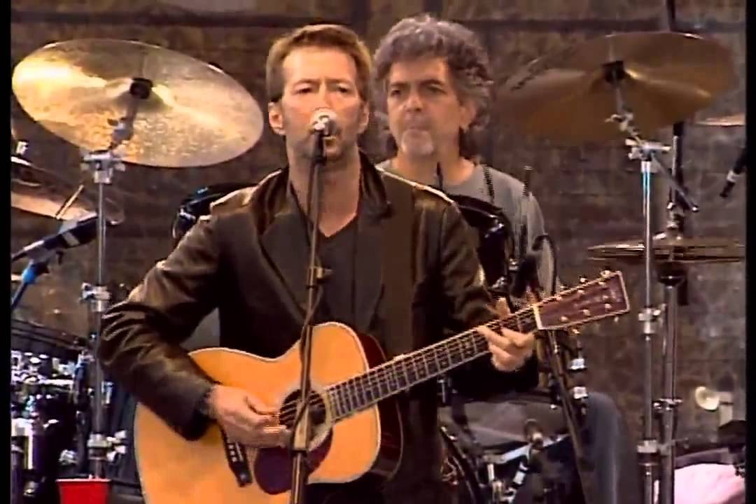 """Eric Clapton Performs """" Layla """" Acoustic Version Live in Hyde Park"""