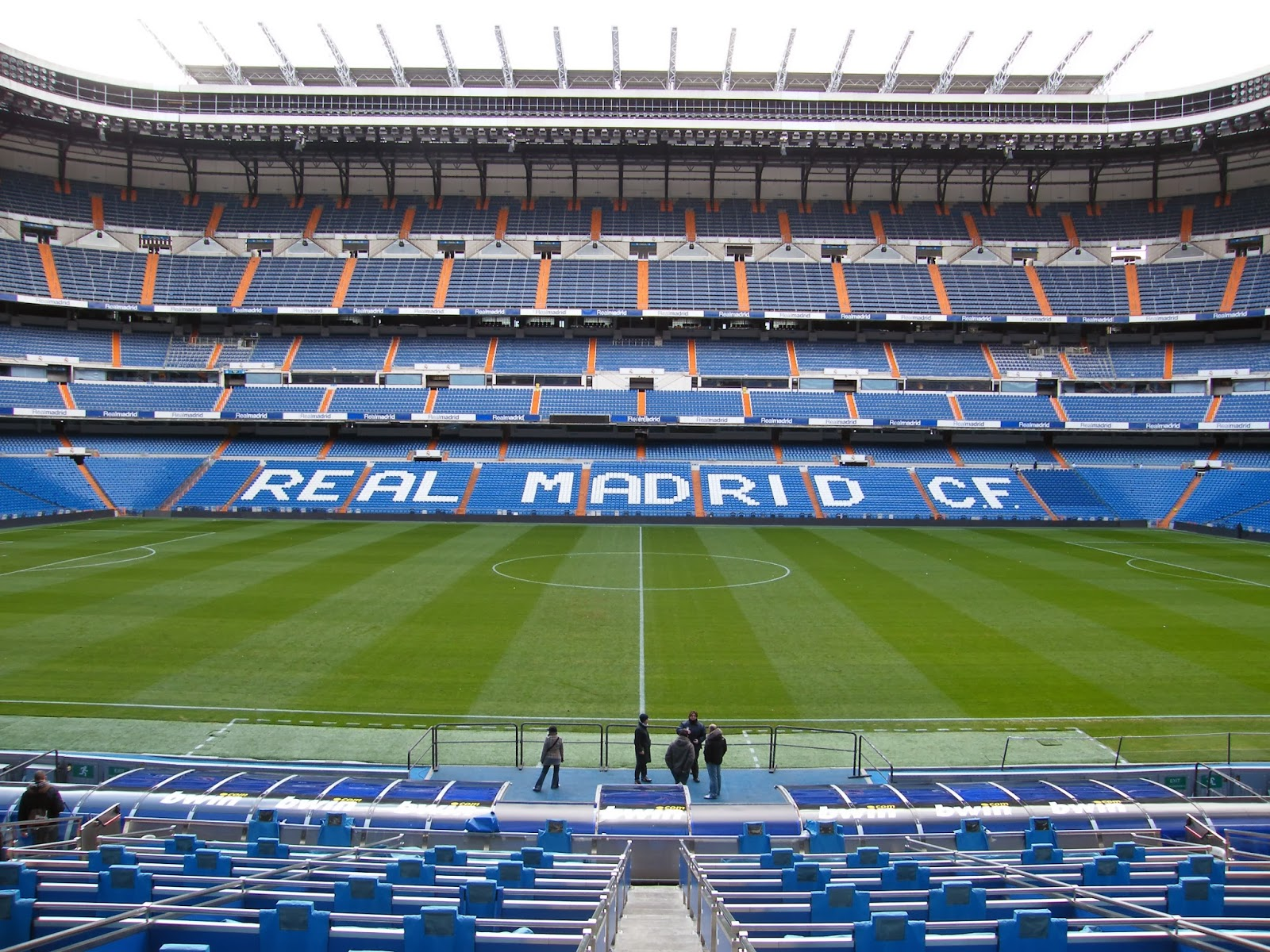 Estádio-Santiago-Bernabéu-Real-Madrid-Espanha