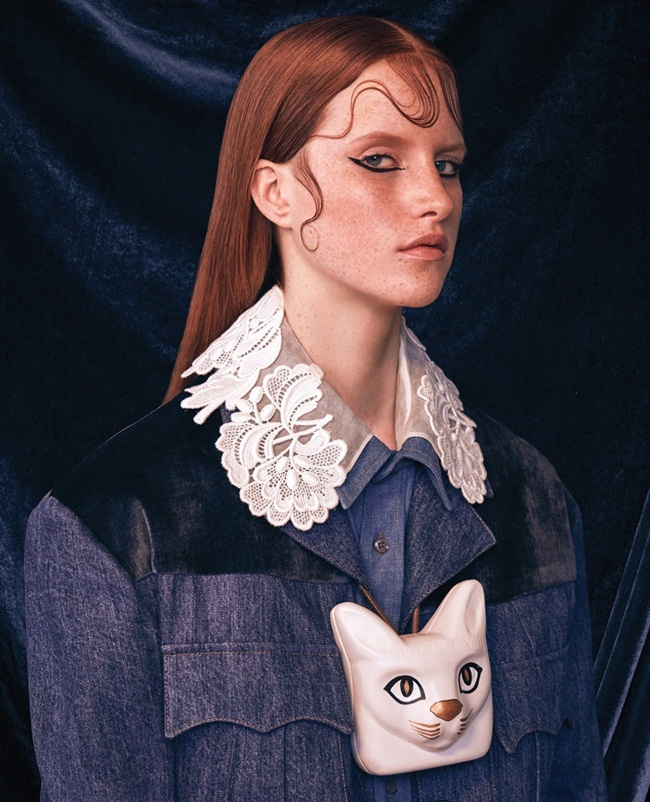 Loewe 2016 AW RTW Cat Head Necklace 16 Looks