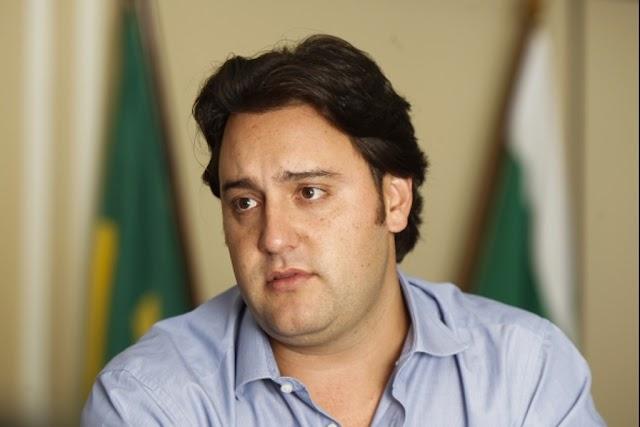 """Ratinho Jr tem histórico de """"mentiroso"""" nas pesquisas eleitorais, quem não lembra de 2012?"""
