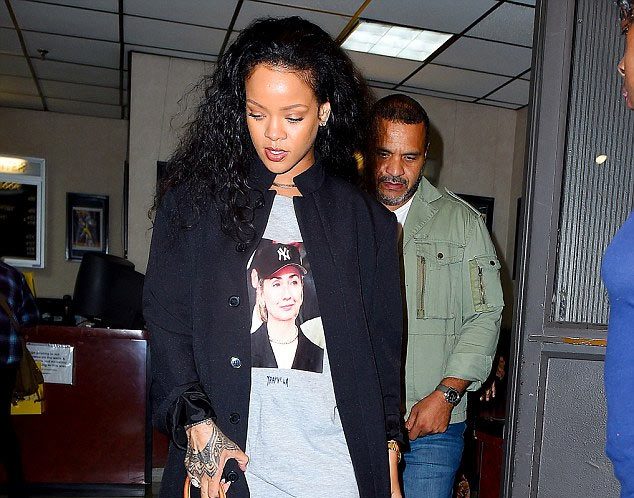 See how people reacted after Rihanna rocked Hillary Clinton t-shirt