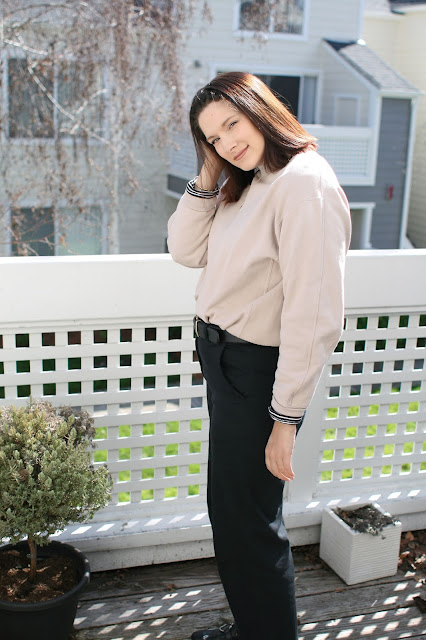 Yeezy, Everlane, wide leg pants, Uniqlo, Sweater, Fbloggers, mom style, OOTD