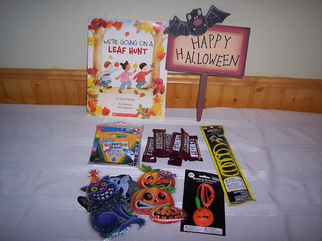 Halloween gift basket items