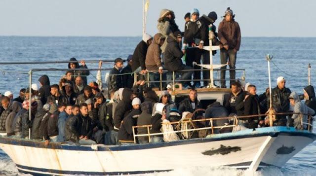 Διακινητές προσφύγων: Διαφημίζονται στο Facebook και προσφέρουν και πακέτα πολυτελείας!